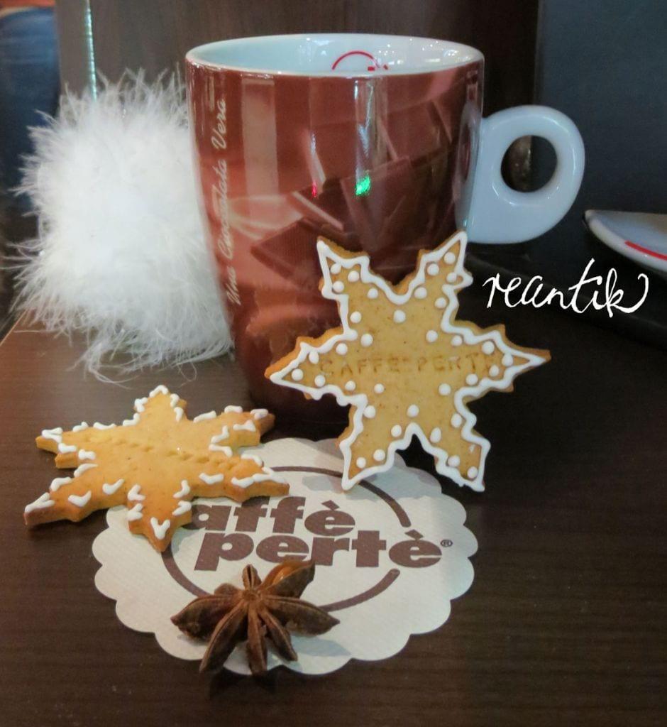 egyedi karácsonyi dekorációs elemek - sk feliratos-pecsételt mézes finomság
