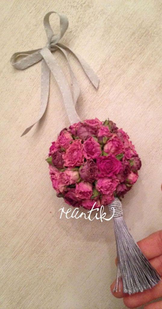 apró illatos rózsából készített pomander - 10 cm