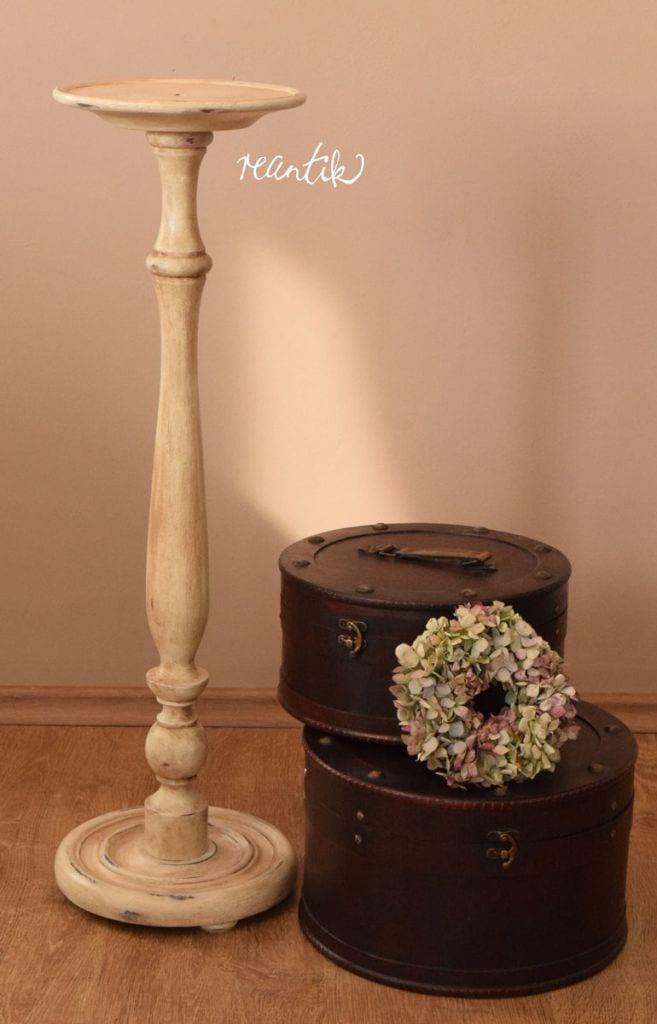 kerek antik virágtartó